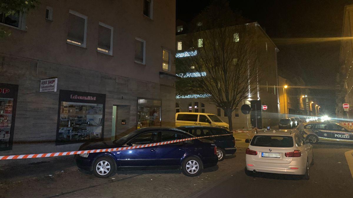 Die Straßenecke in Schweinfurt, an der eine 55-jährige Frau tot in einer Wohnung gefunden wurde