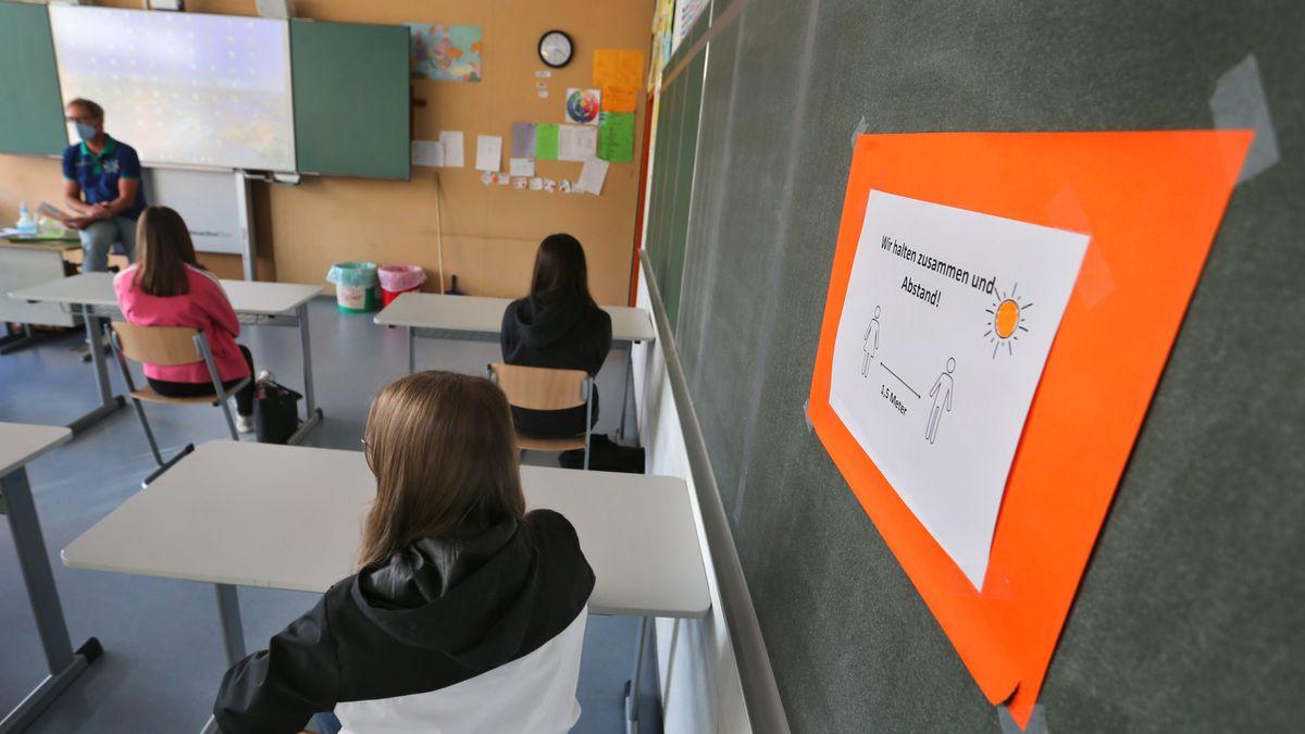 Die neunte Klasse einer bayerischen Mittelschule, aufgenommen am 08.09.20