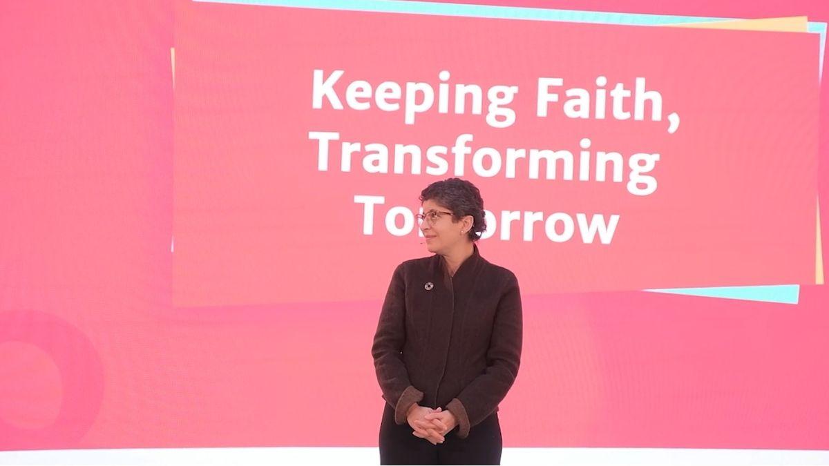 "Azza Karam, Generalsekretärin von ""Religions for Peace""."