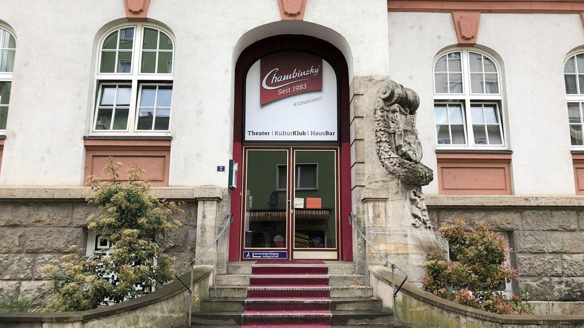Private Theater in Würzburg: Die Türen des Chambinzky bleiben wegen Corona vorerst geschlossen.