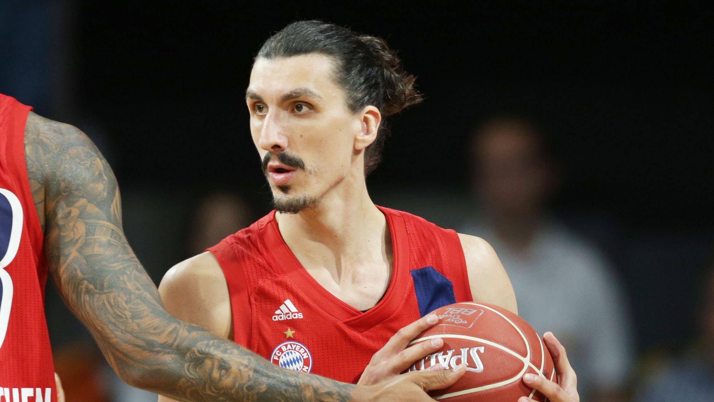 Nihad Dedovic von den FC-Bayern-Basketballern