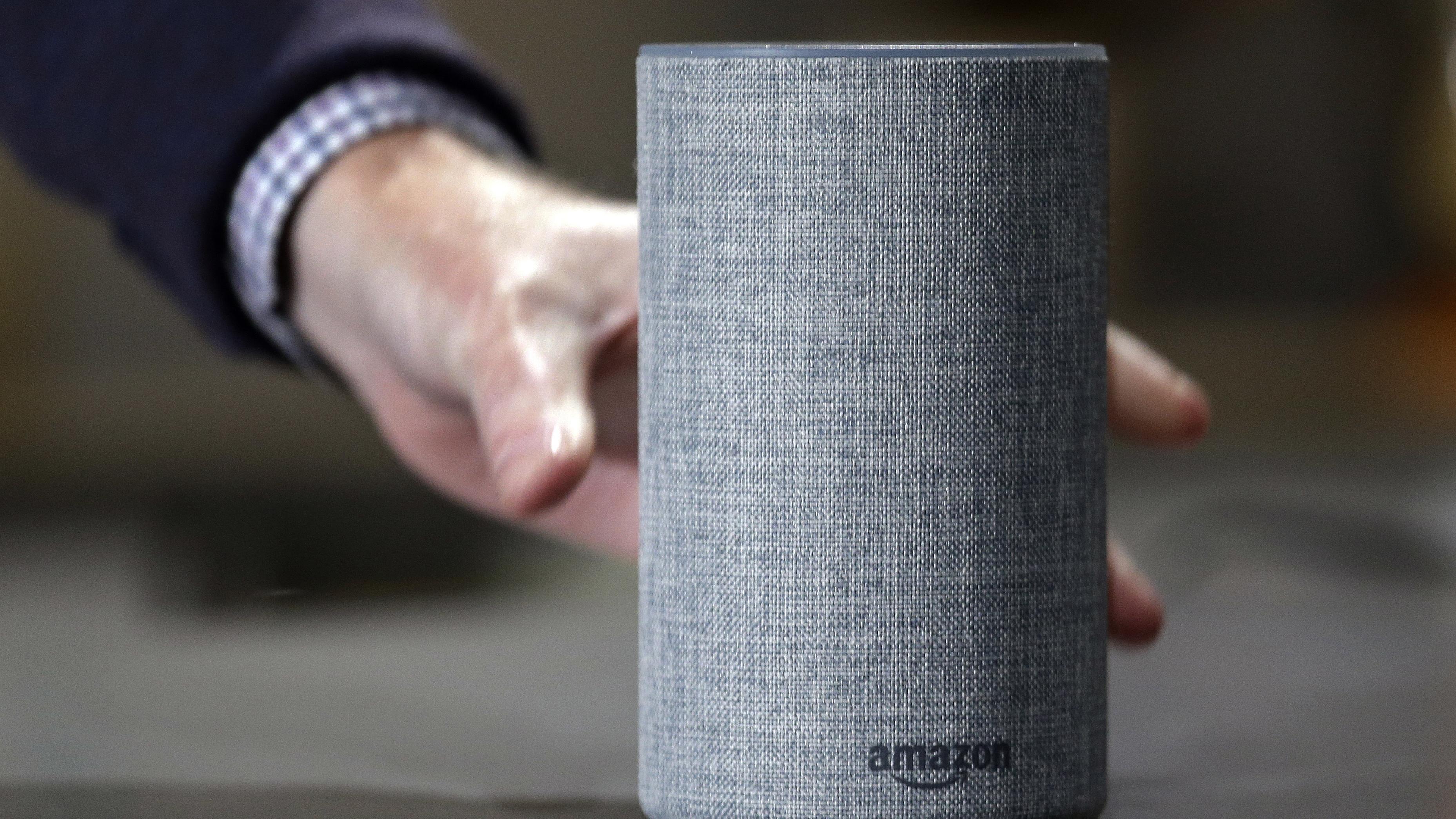 Amazon Echo mit Sprachassistent Alexa.