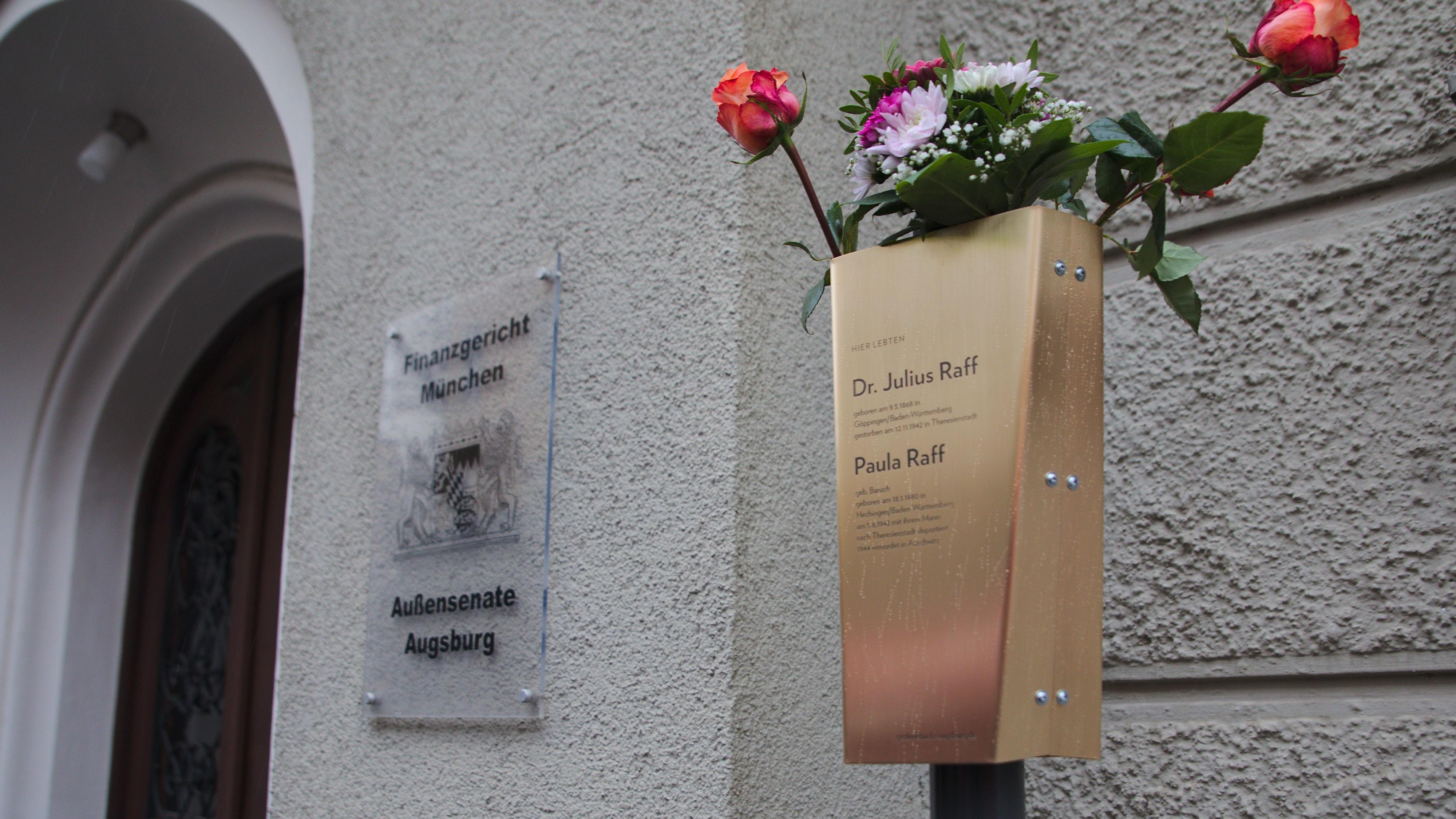 Erinnerungsband für Paula und Dr. Julius Raff in Augsburg
