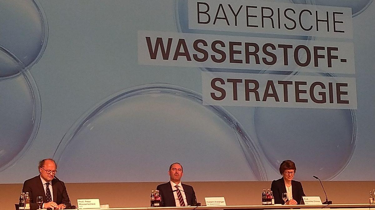 Pressekonferenz der Bayerischen Wasserstoffstrategie in Nürnberg