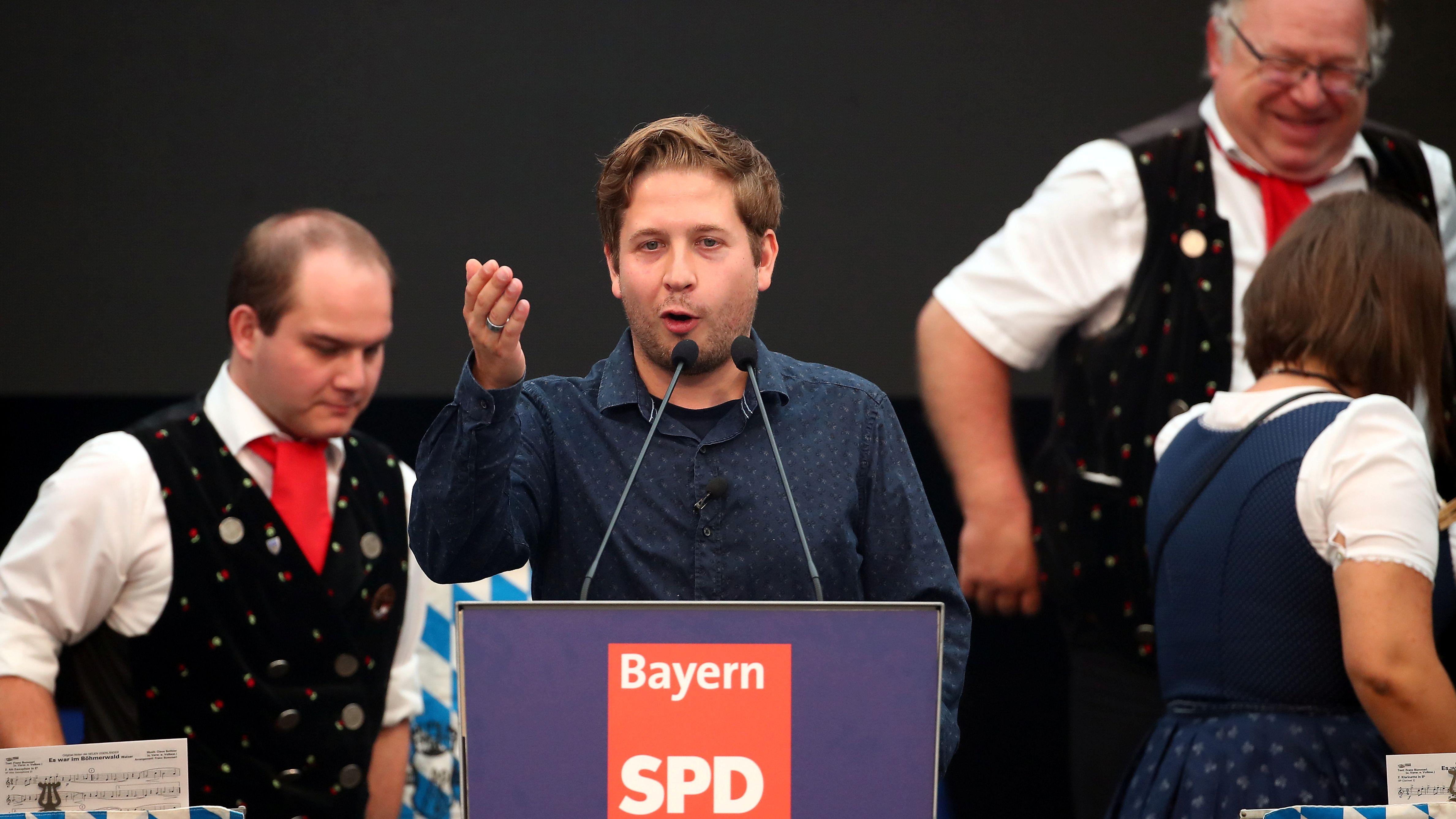 Juso-Chef Kevin Kühnert bei seiner ersten Bierzelt-Rede