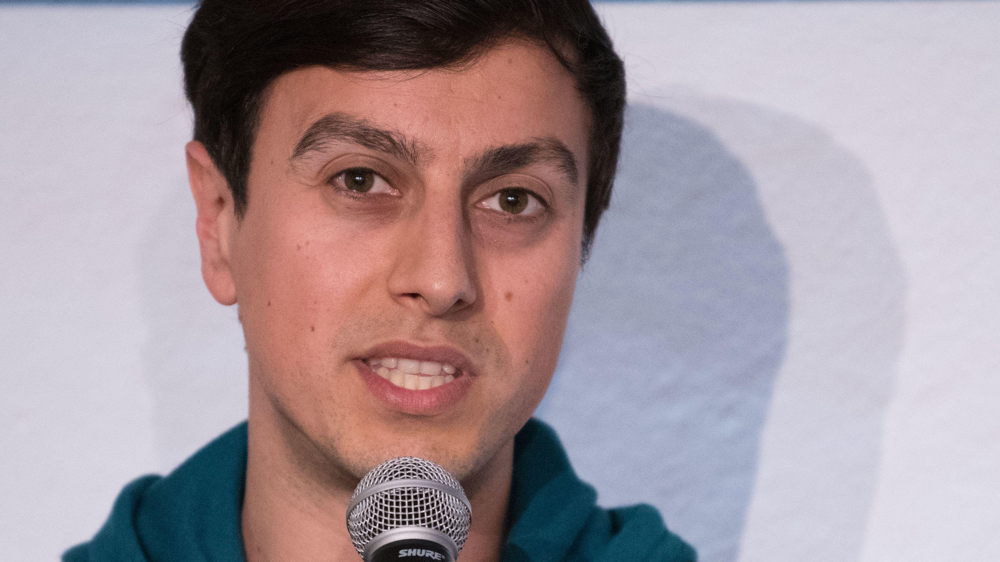 """""""Rettet die Freiheit"""", fordert Bijan Moini von Internet-Usern"""