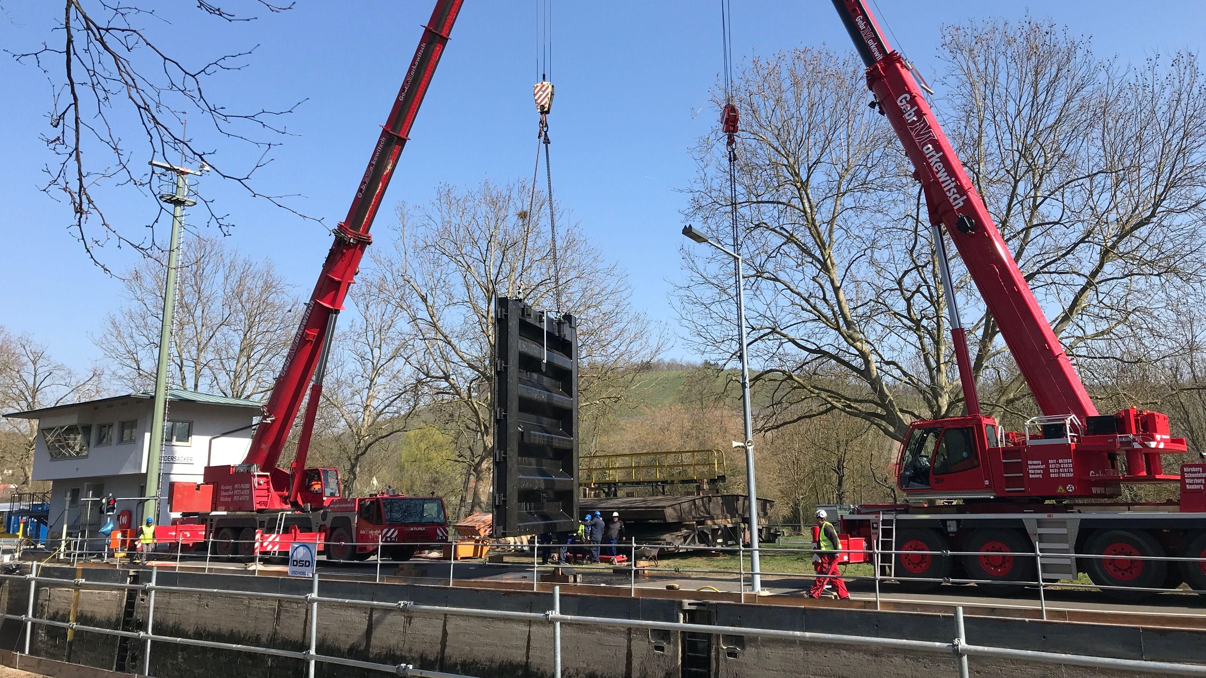 Schleusentor in Randersacker wird ausgetauscht