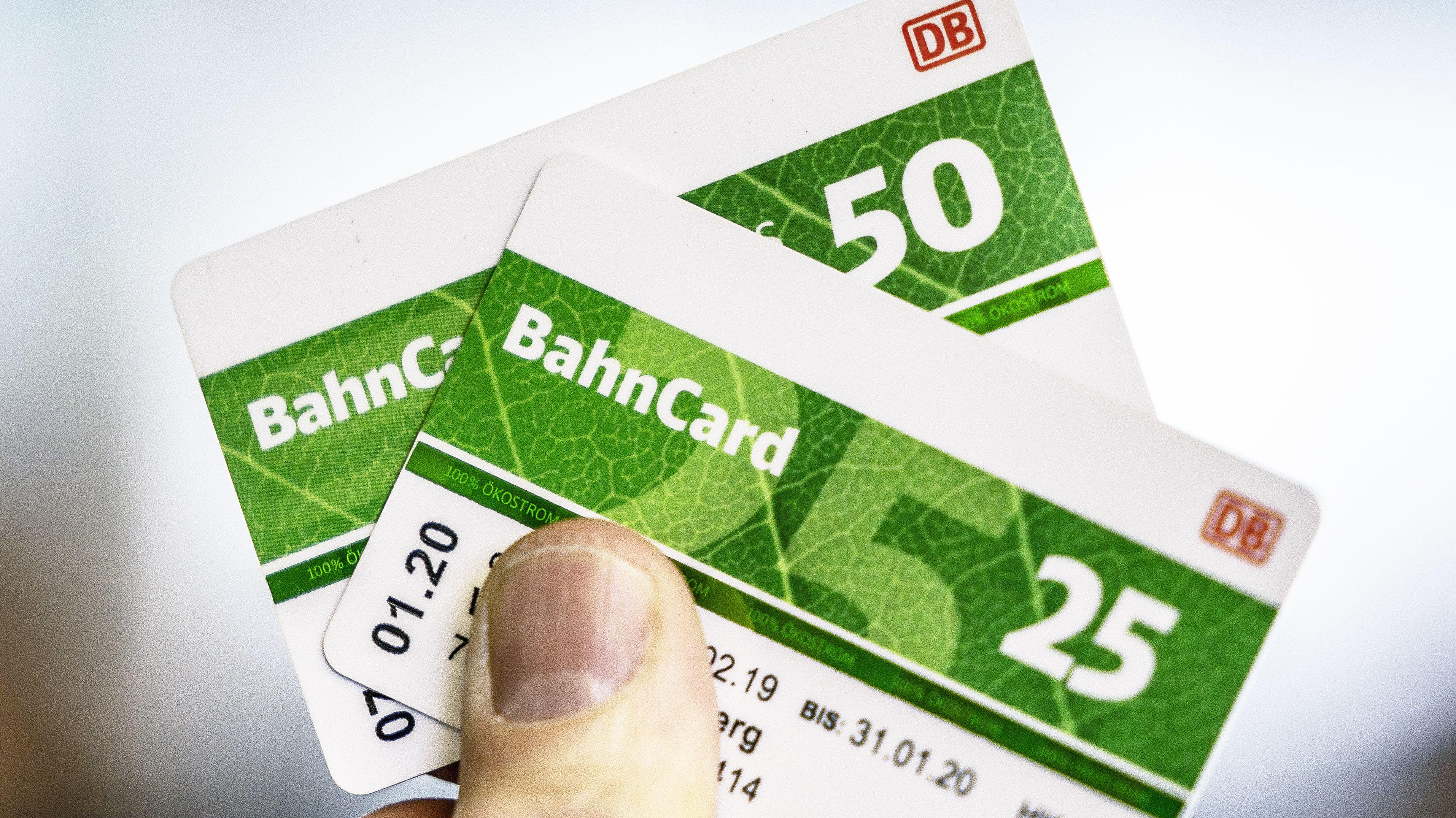 Symbolbild: Bahncard 50 und 25