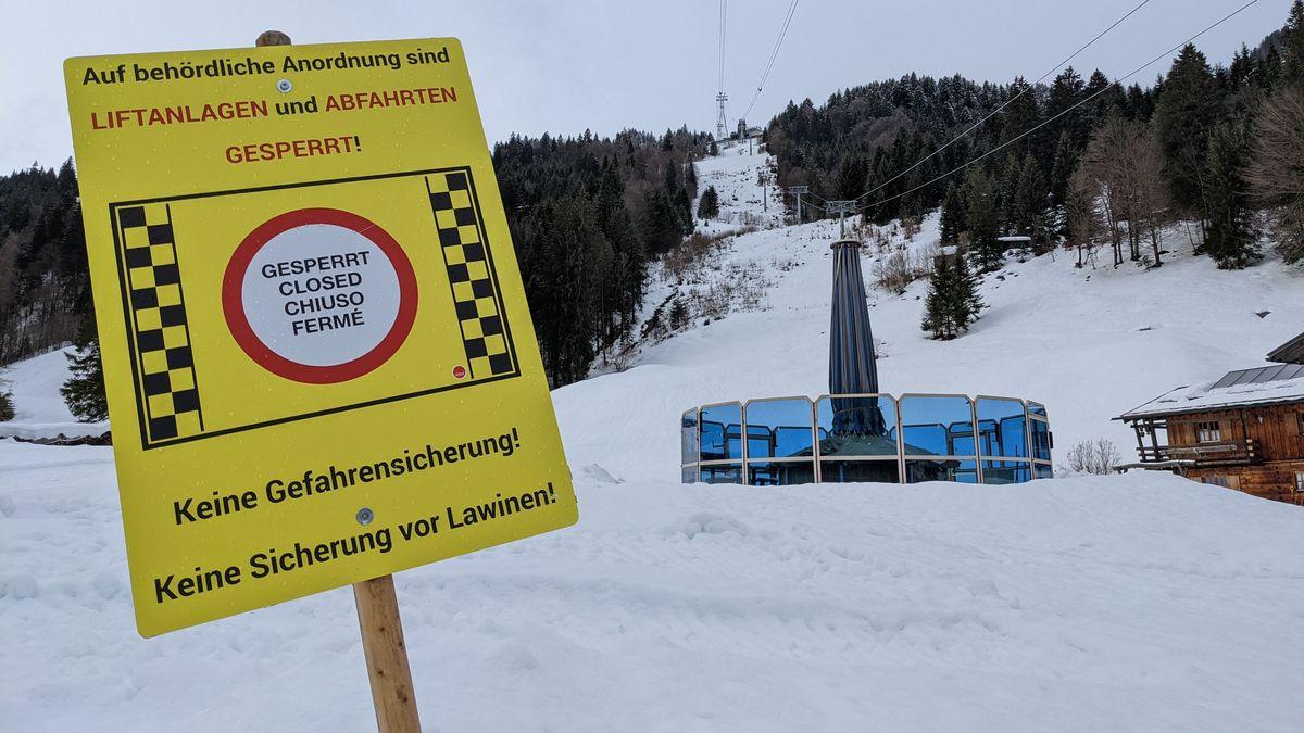 Die Allgäuer Bergwacht warnt aktuell vor Ski-und Wandertouren. Durch den Regen sind jederzeit Spontanauslösungen von Lawinen möglich.