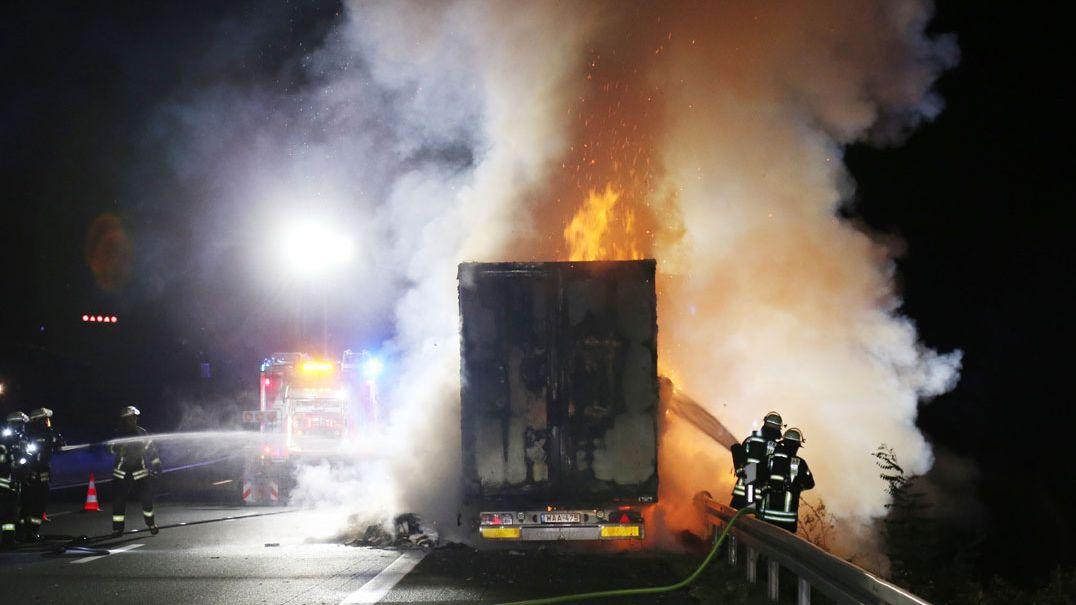 Lkw-Brand auf der A3 bei Aschaffenburg
