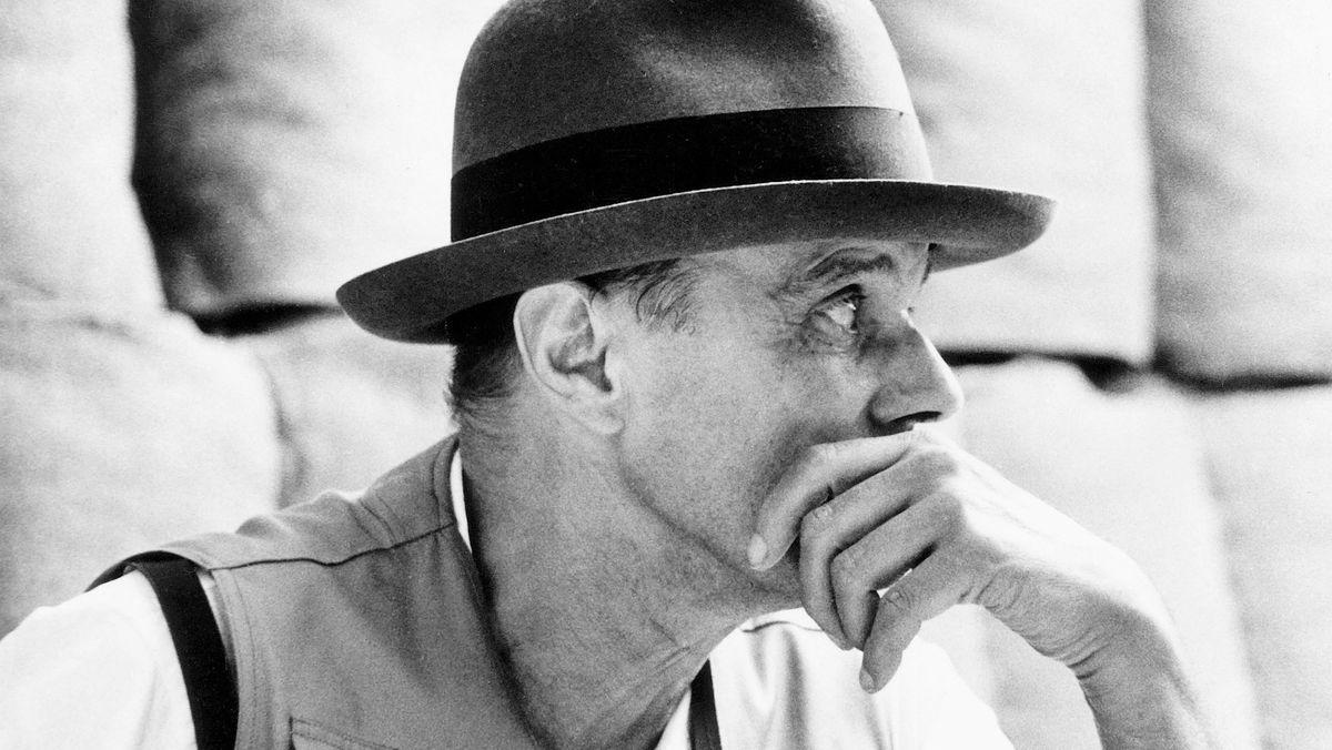 Der Künstler mit Hut
