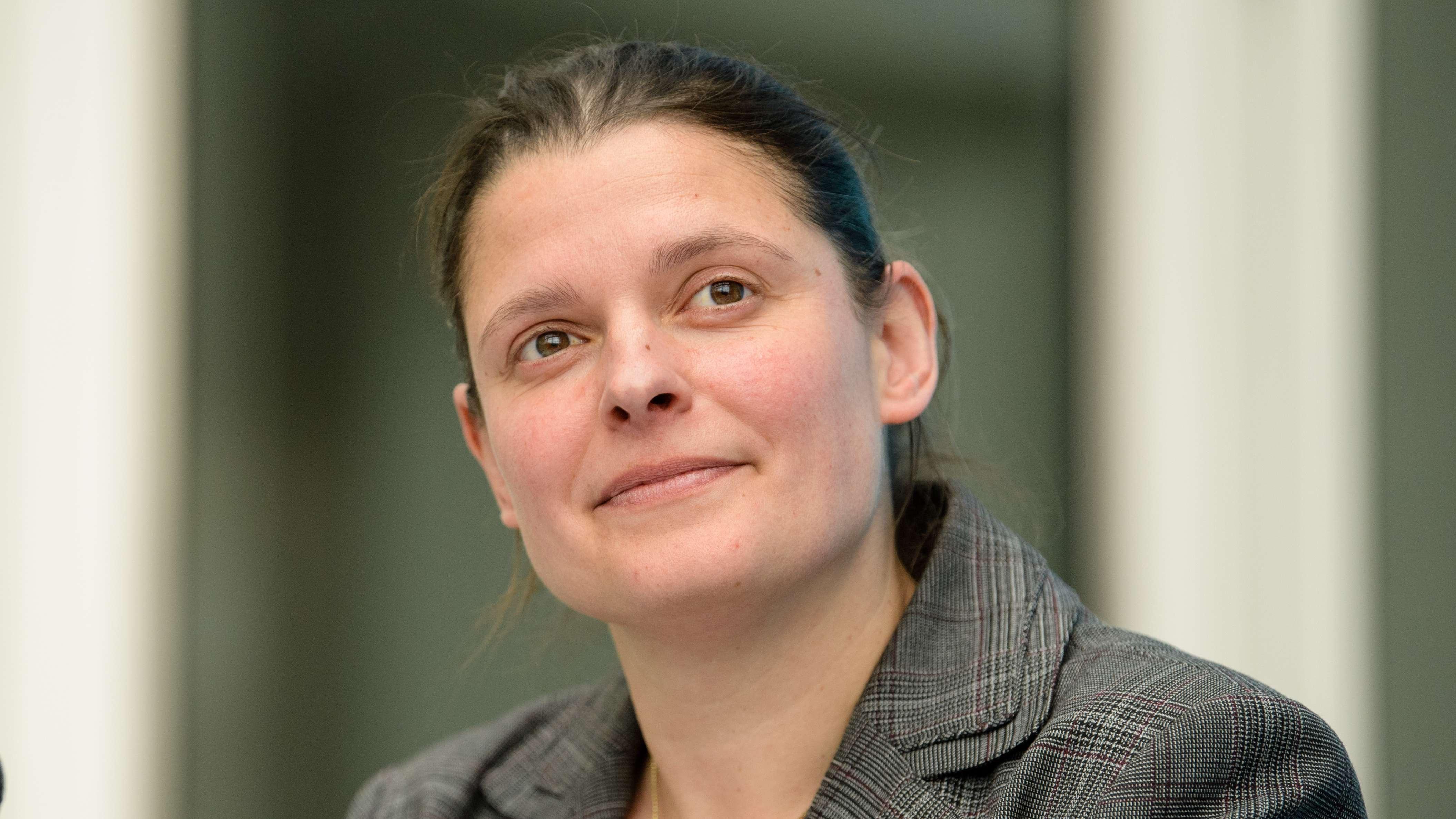 """ÖDP-Politikerin Agnes Becker, die Initiatorin und Sprecherin des Volgsbegehrens """"Rettet die Bienen"""""""