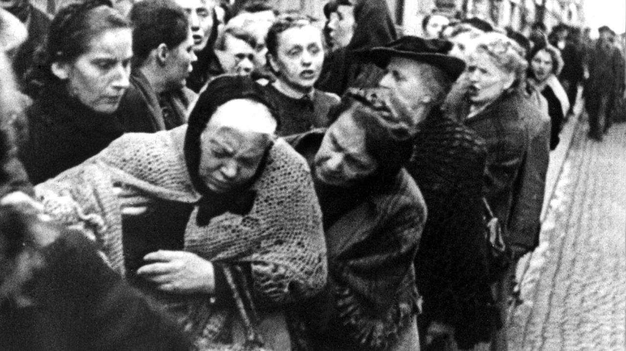Hungernde in München während des Ersten Weltkriegs