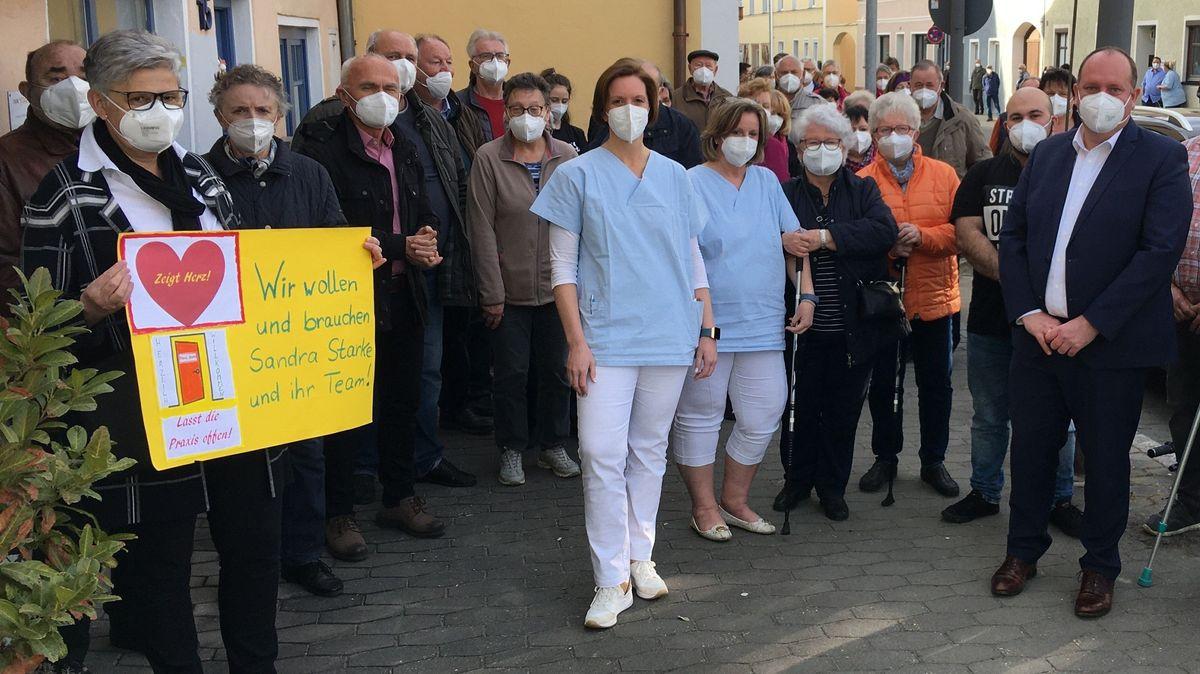 Bei der Demonstration in Geiselhöring