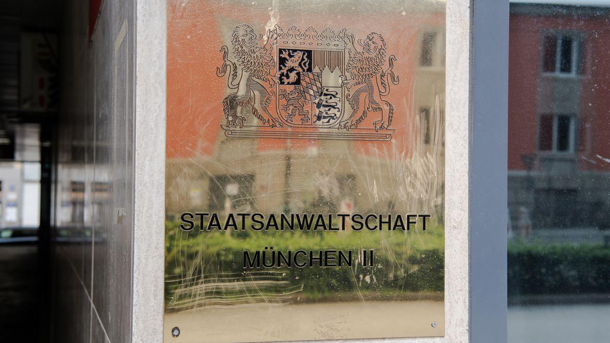 Die Staatsanwaltschaft München II ermittelt wegen einer jungen Frau, die in Garmisch die Quarantäne nicht eingehalten hat.