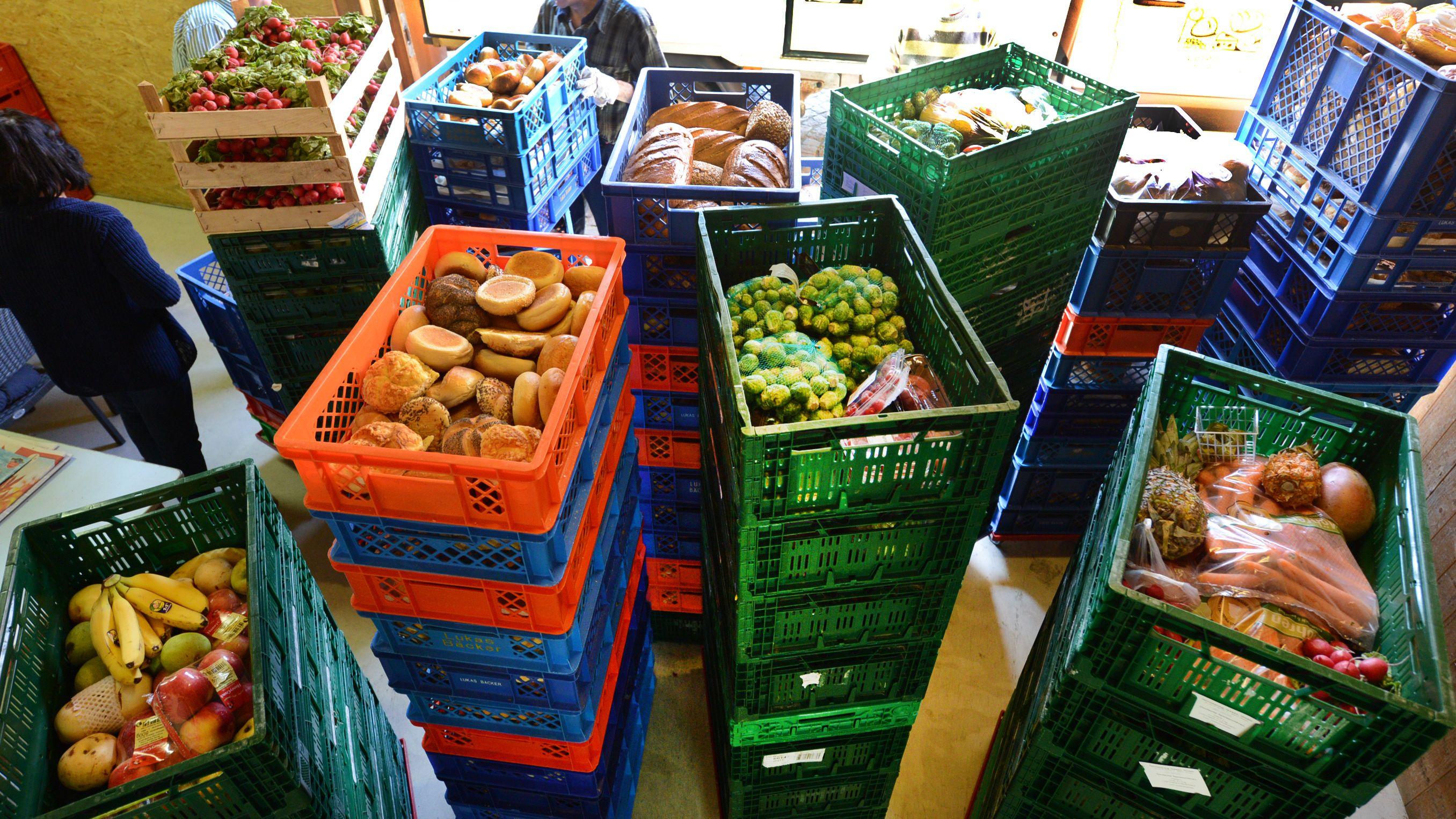Große Herausforderung: Lebensmittelversorgung für Bedürftige