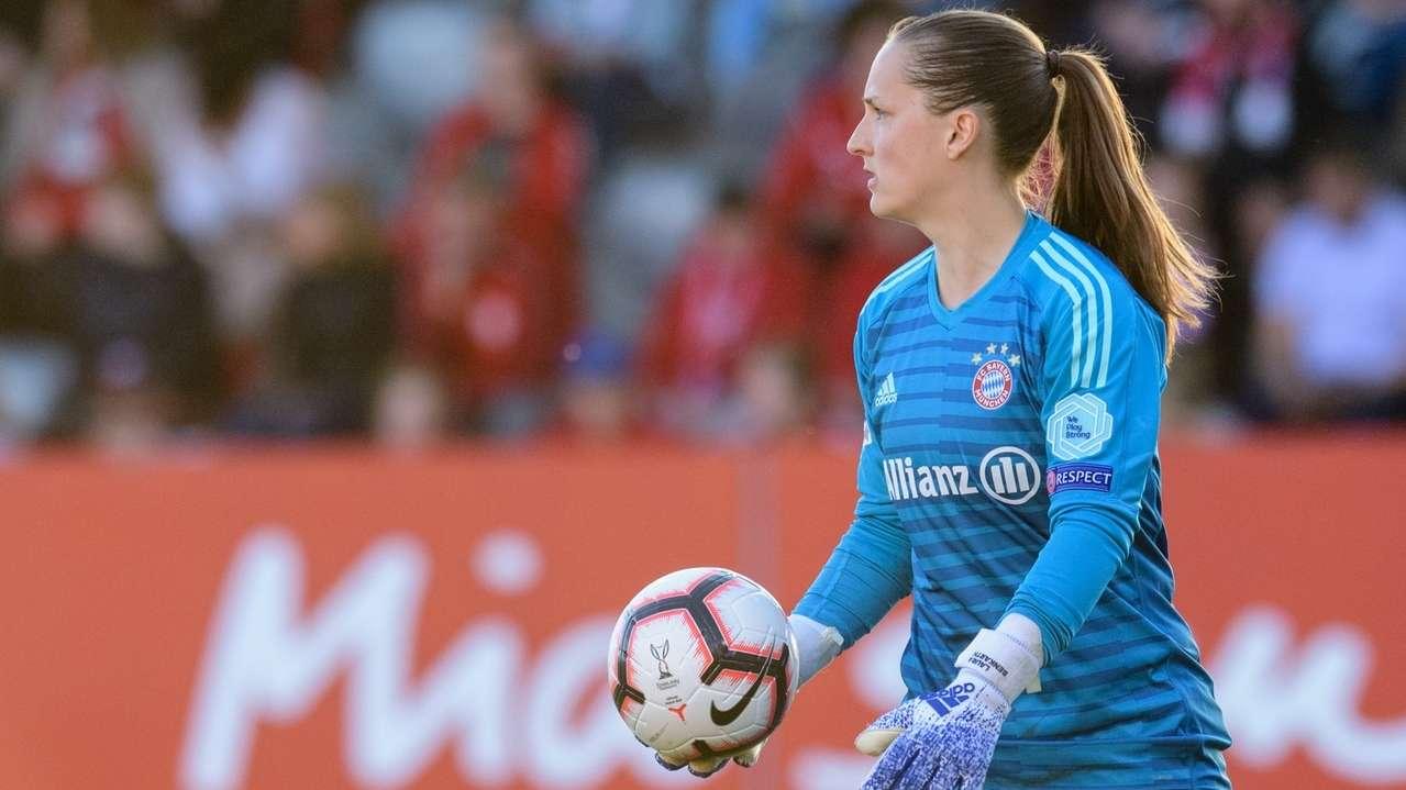 Bayernfrauen-Torhüterin Laura Benkarth