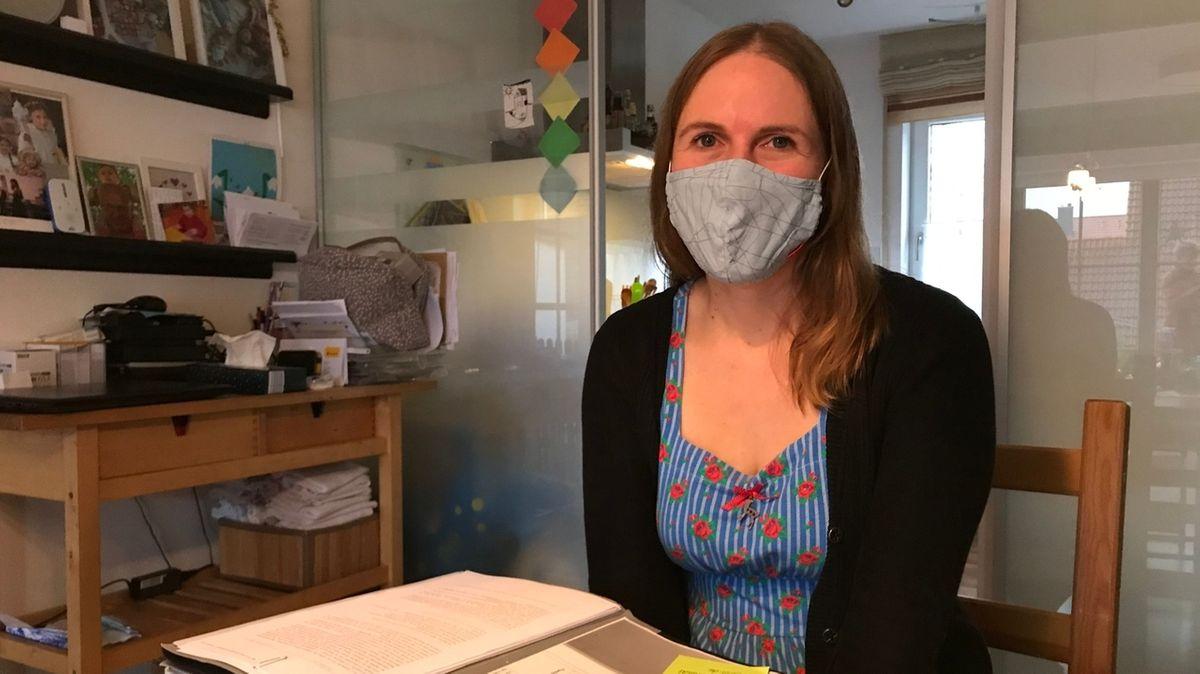 Eilantrag gegen Distanzunterricht im Donau-Ries: Die Antragstellerin Katharina Wiedemann-Schmid