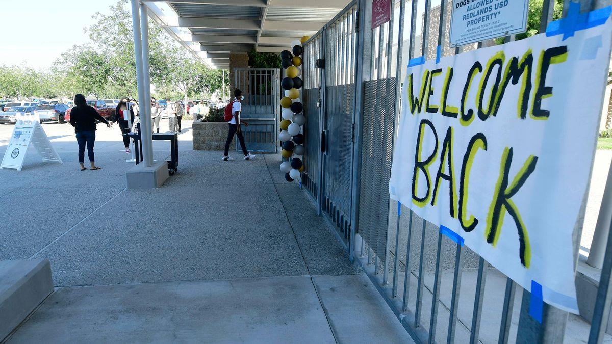 """""""Welcome Back"""" Transparent zur Wiederöffnung"""