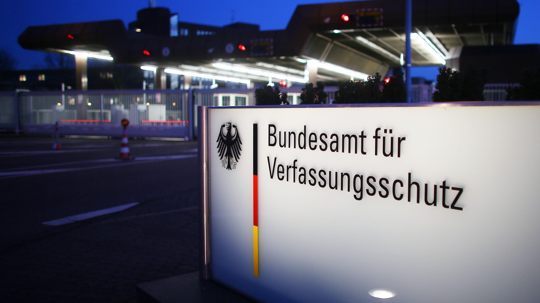 Pforte des Bundesamts für Verfassungsschutz in Köln