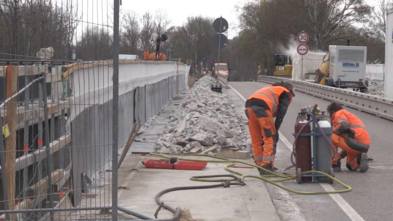 Bauarbeiten an der Lechbrücke bei Meitingen