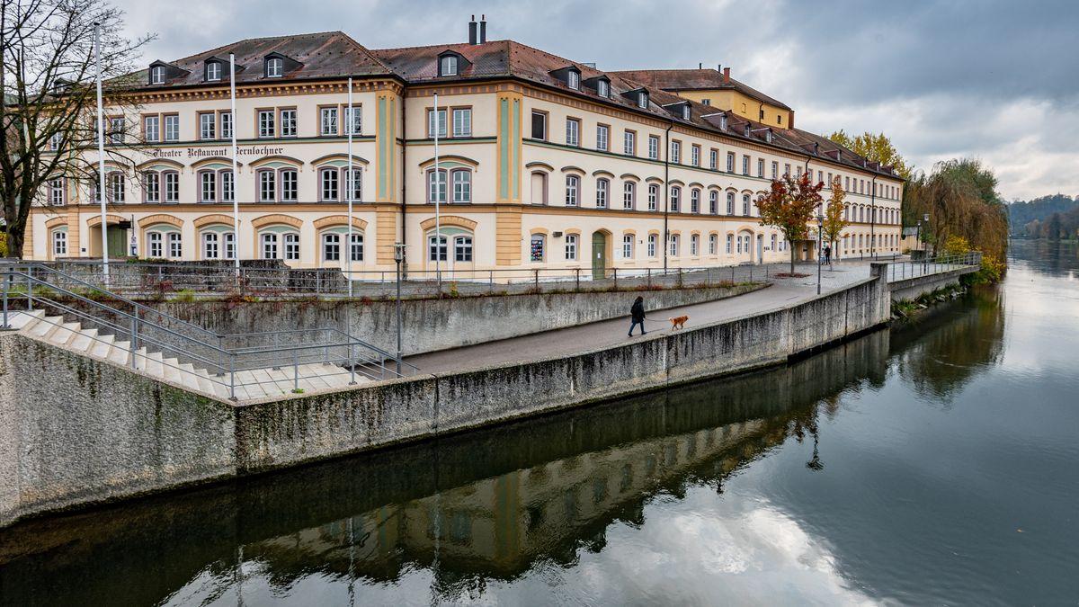 Das Stadttheater Landshut ist seit mehreren Jahren wegen der anstehenden Sanierung geschlossen.