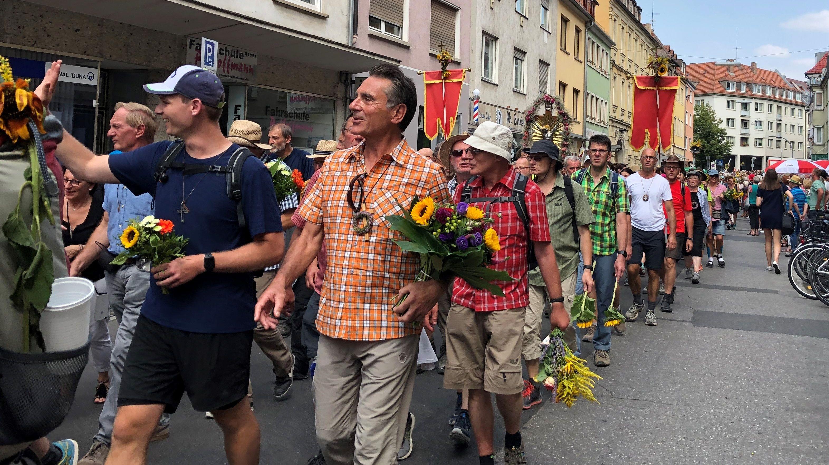 Die Kreuzbergwallfahrt der Würzburger Ortsgruppe ist störungsfrei und in guter Stimmung zu Ende gegangen.