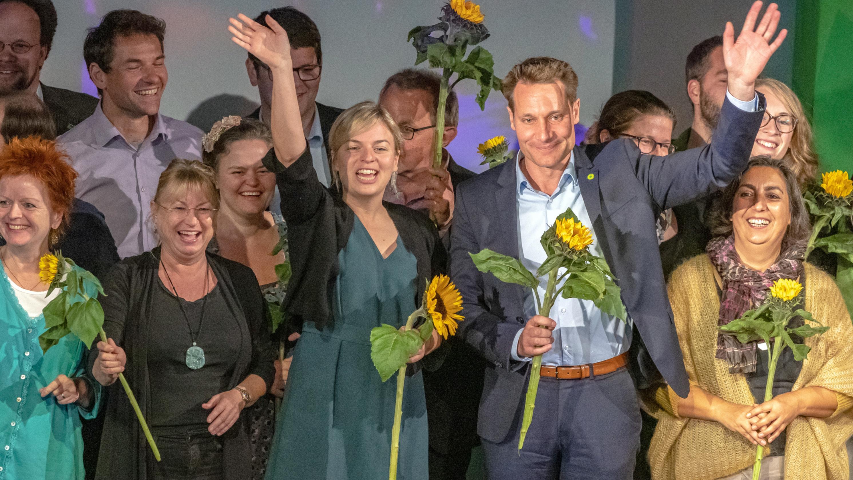Katharina Schulze, Ludwig Hartmann und andere Mitglieder der Grünenfraktion beim Parteitag im Oktober