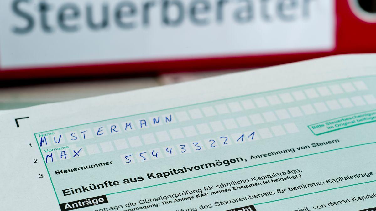 Steuer-Formular