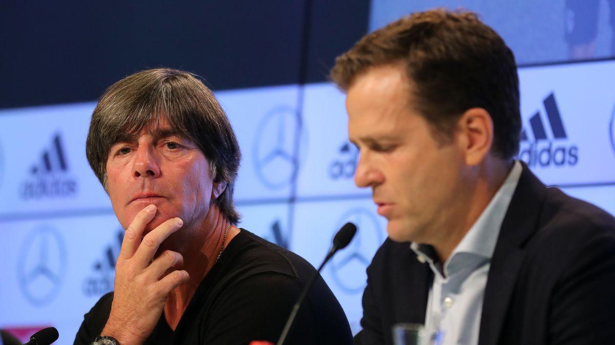 Bundestrainer Joachim Löw und DFB-Direktor Oliver Bierhoff