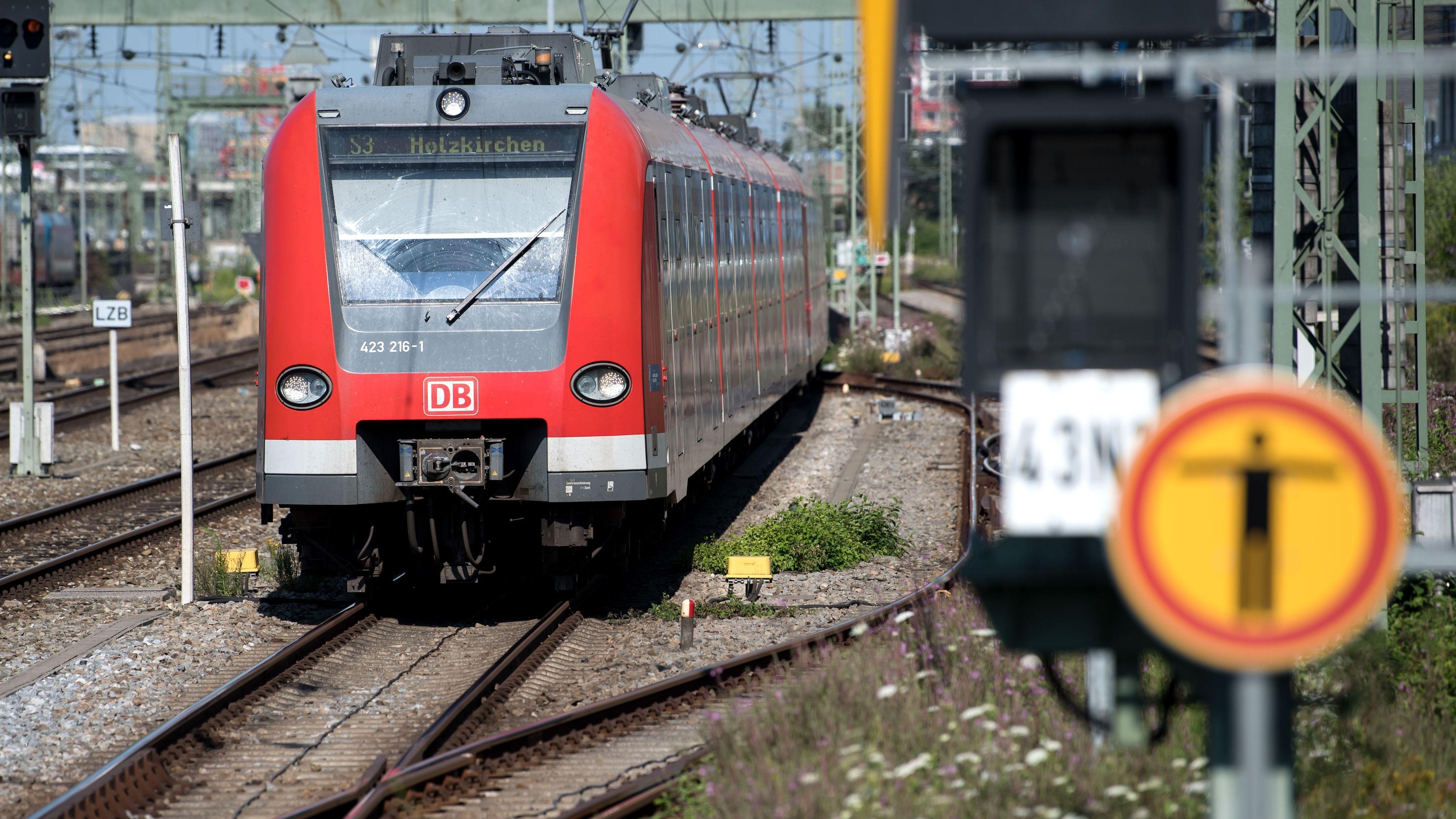 S-Bahn der Linie 3 in München