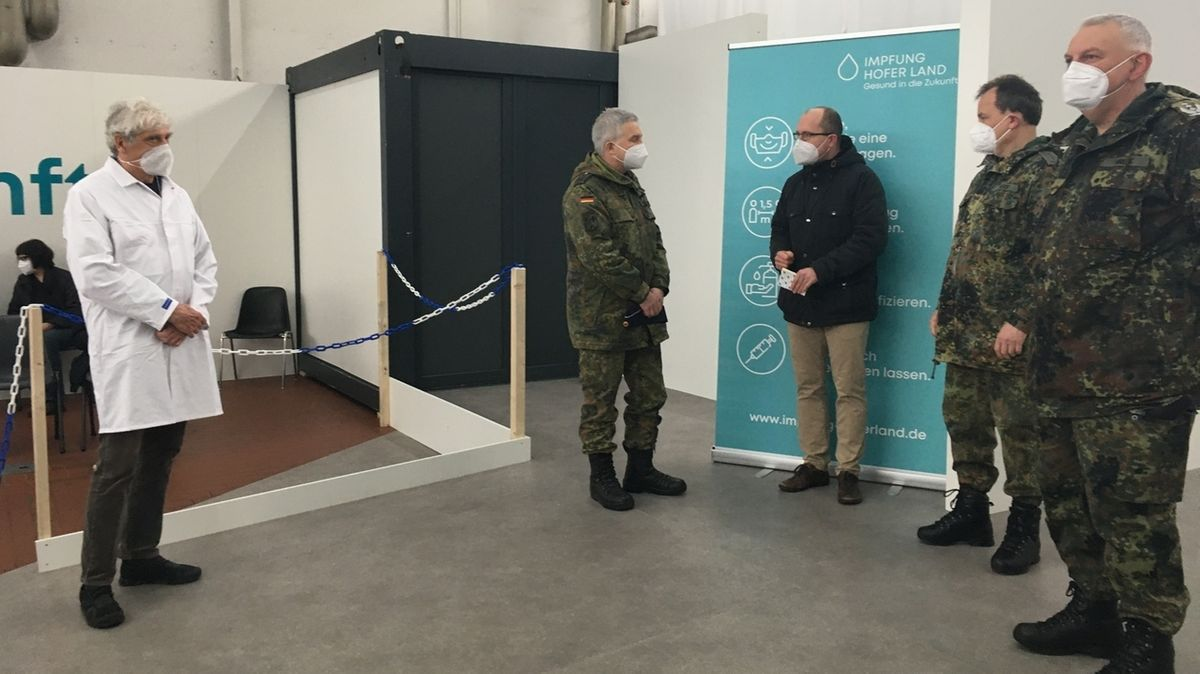 Bundeswehr hilft in Hofer Impfzentren