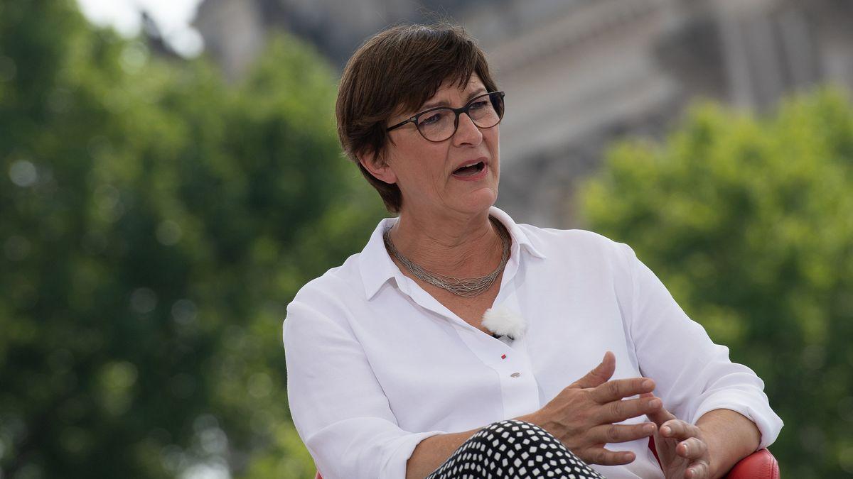 Die SPD-Bundesvorsitzende Saskia Esken im ARD-Sommerinterview