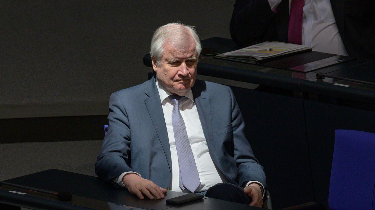 Bundesminister des Innern bei der Regierungserklärung im Deutschen Bundestag, 23.04.2020