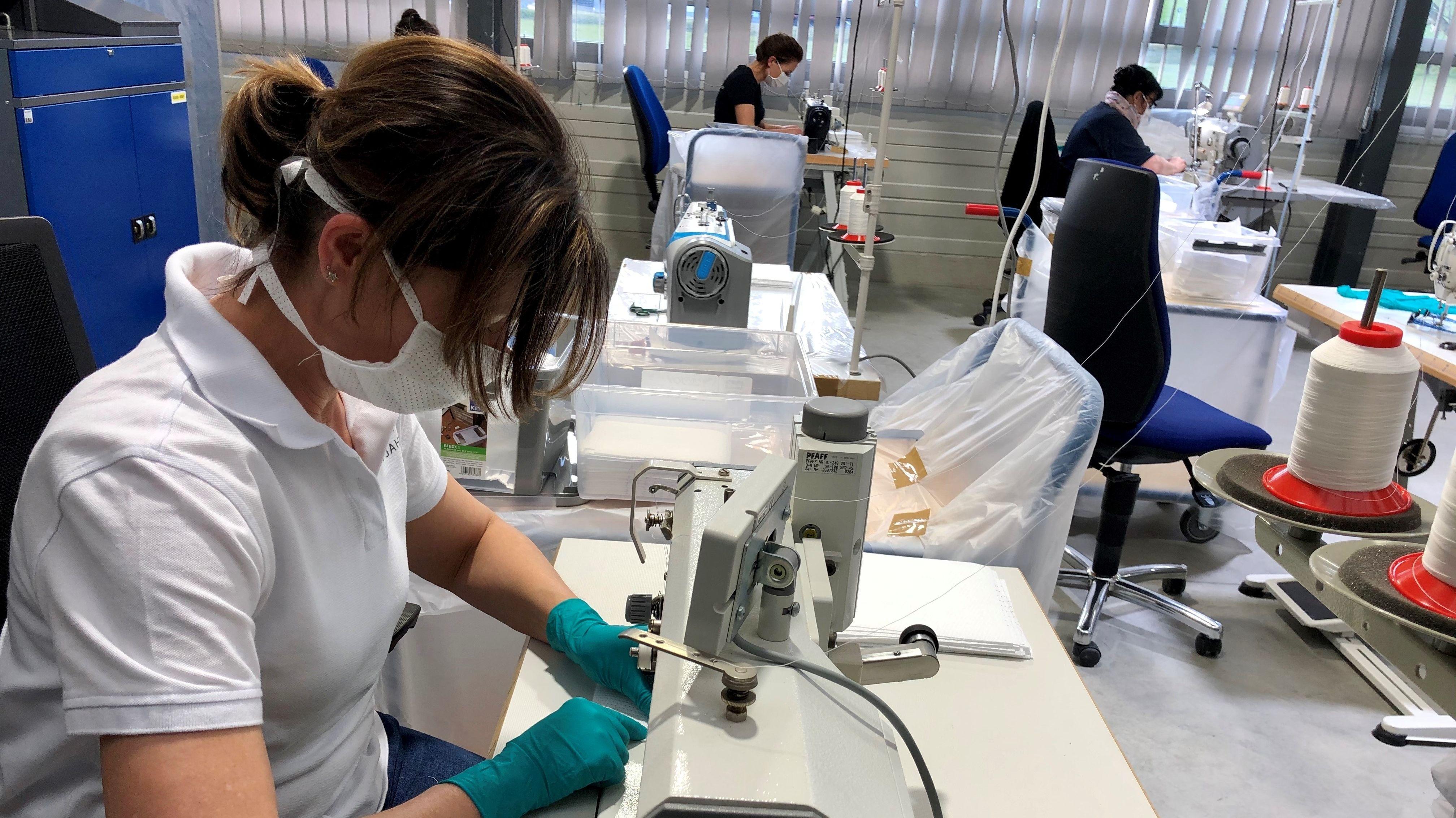 In der Produktion des Autozulieferers entsteht nun Mundschutz.