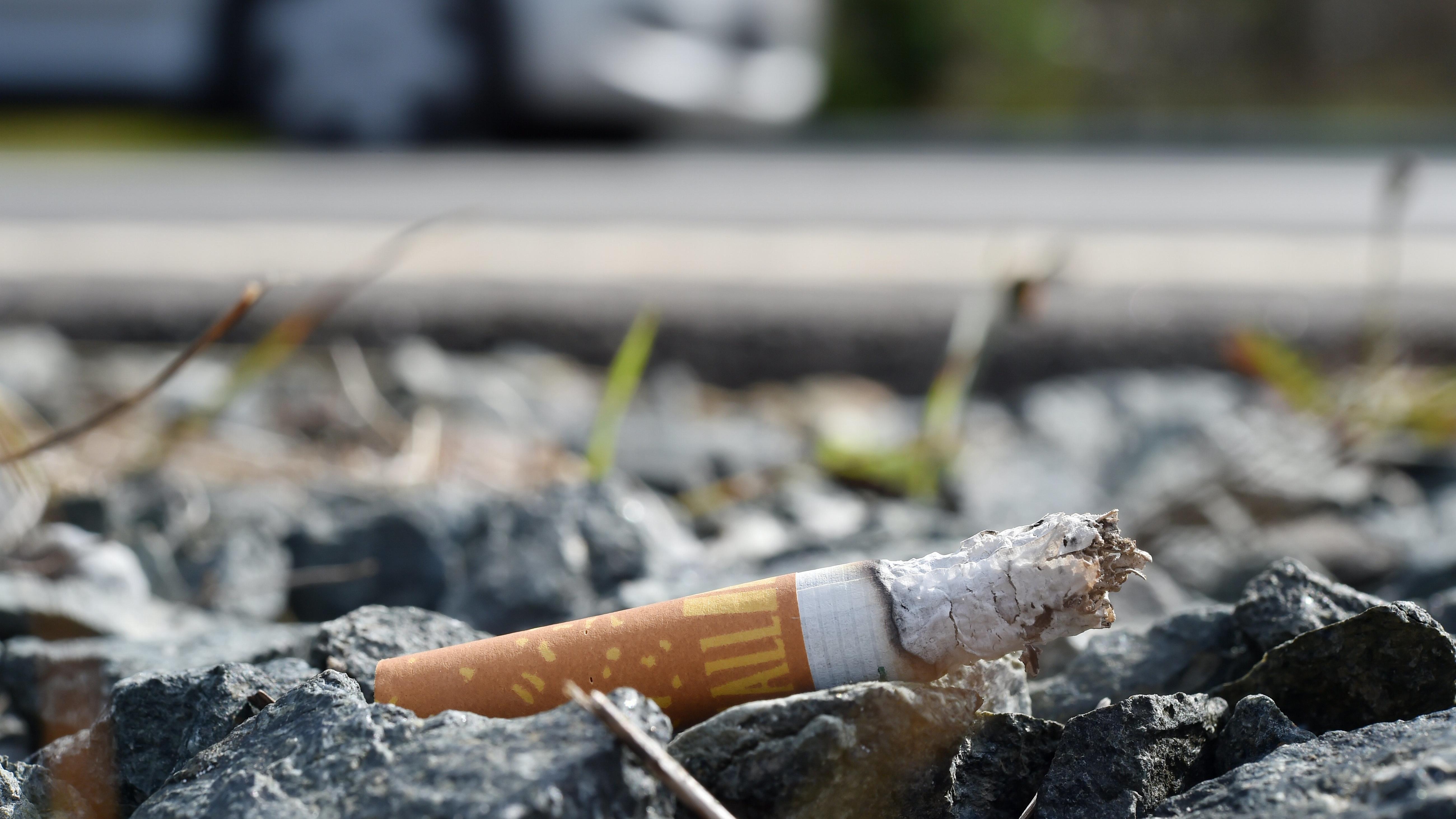 Tabakindustrie soll sich an Reinigungskosten für Zigaretten-Müll beteiligen