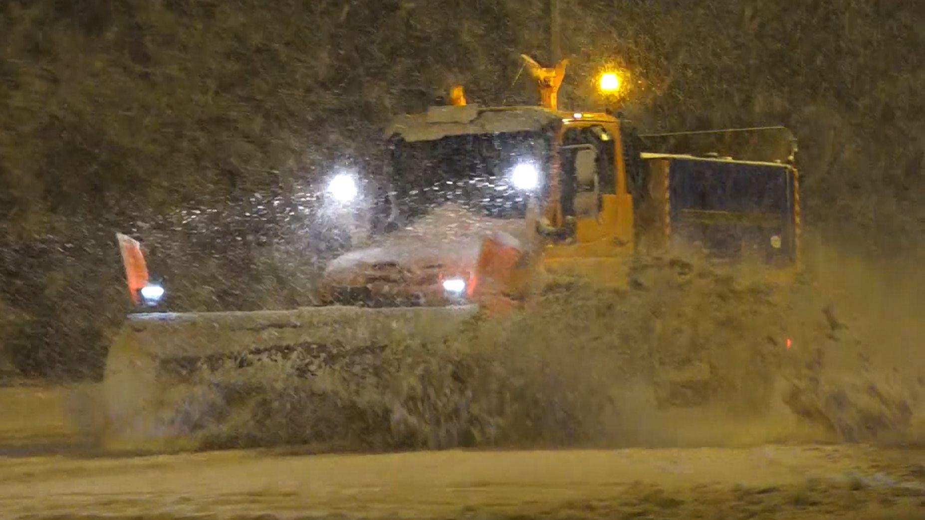 Wintereinbruch in Bayern: Tief Bianca bringt Schnee und Sturm