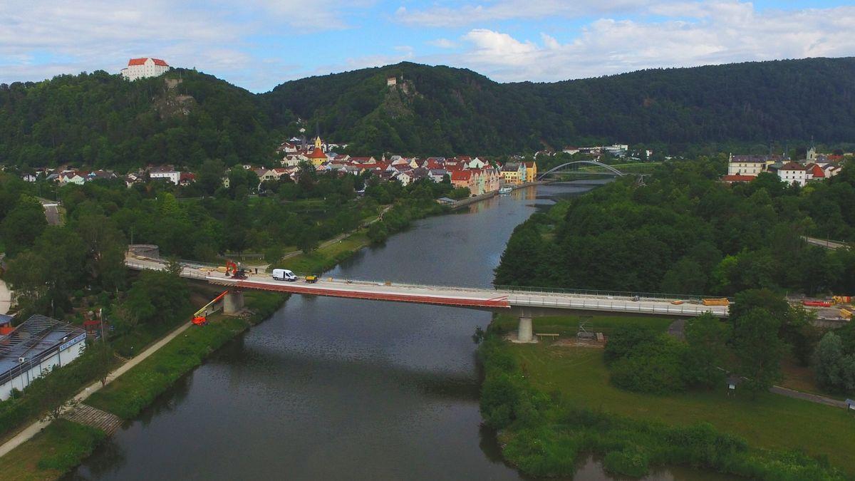 Bauarbeiten auf der Main-Donau-Brücke in Riedenburg