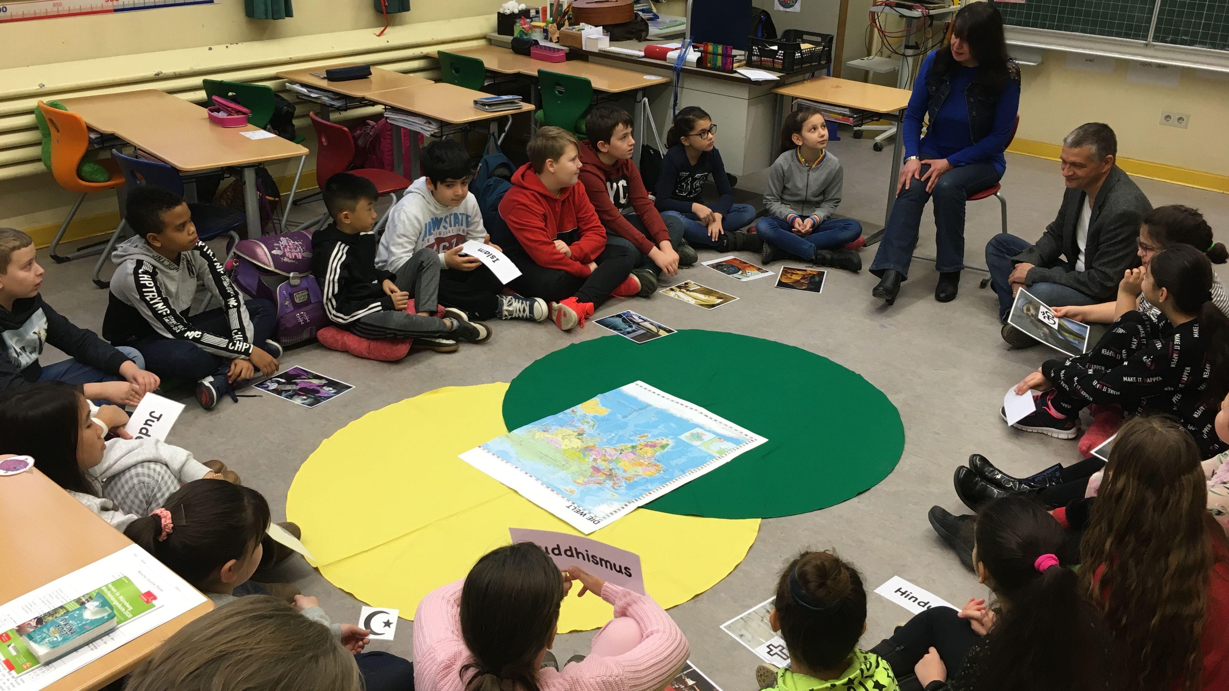Schulprojekt zu Religionen in der Herschelschule