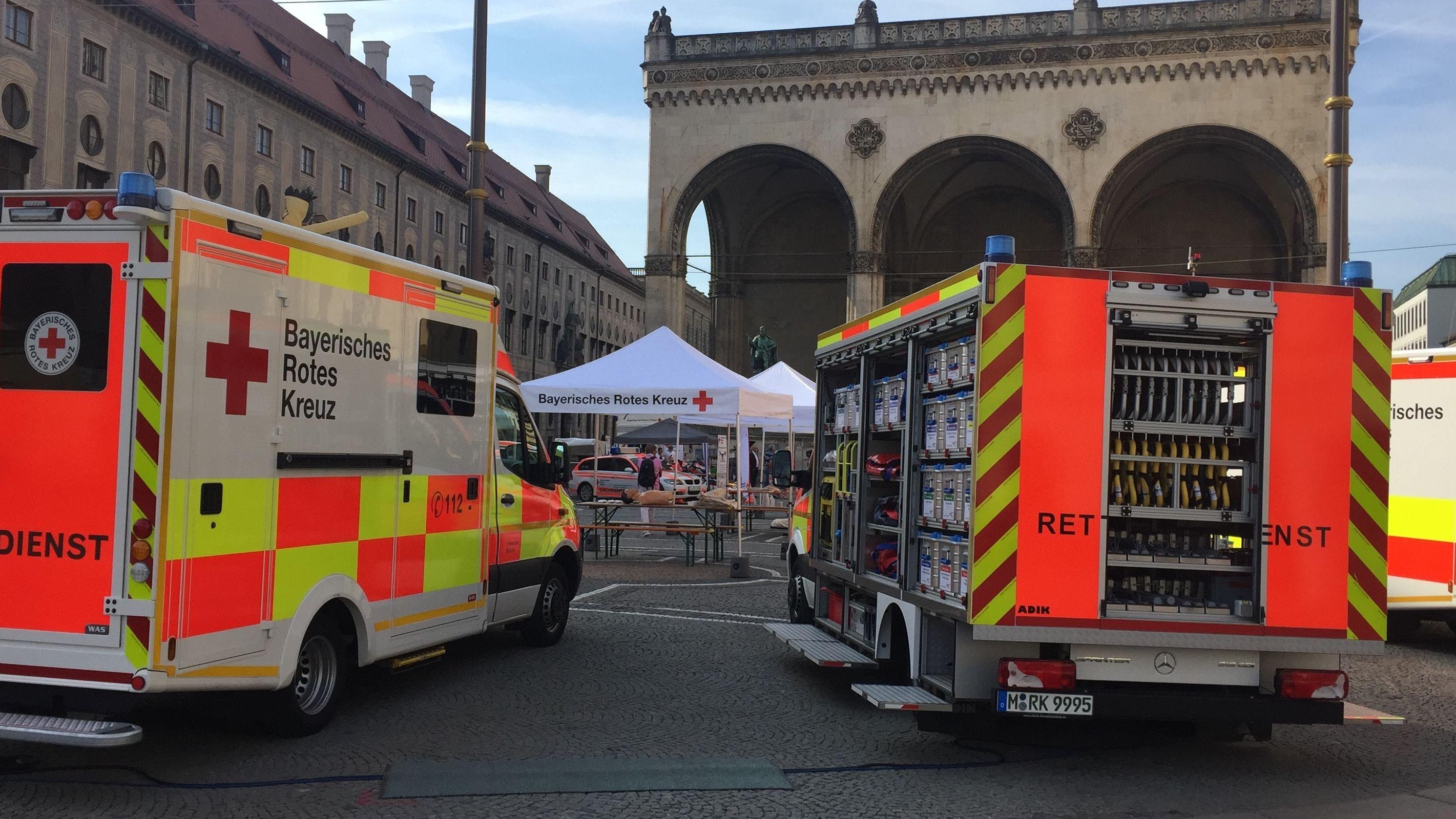 Aktionstag Erste Hilfe am Münchner Odeonsplatz.
