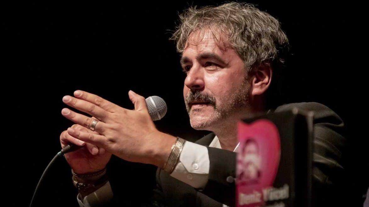 Der deutsch-türkische Journalist Denis Yücel bei einer Lesung