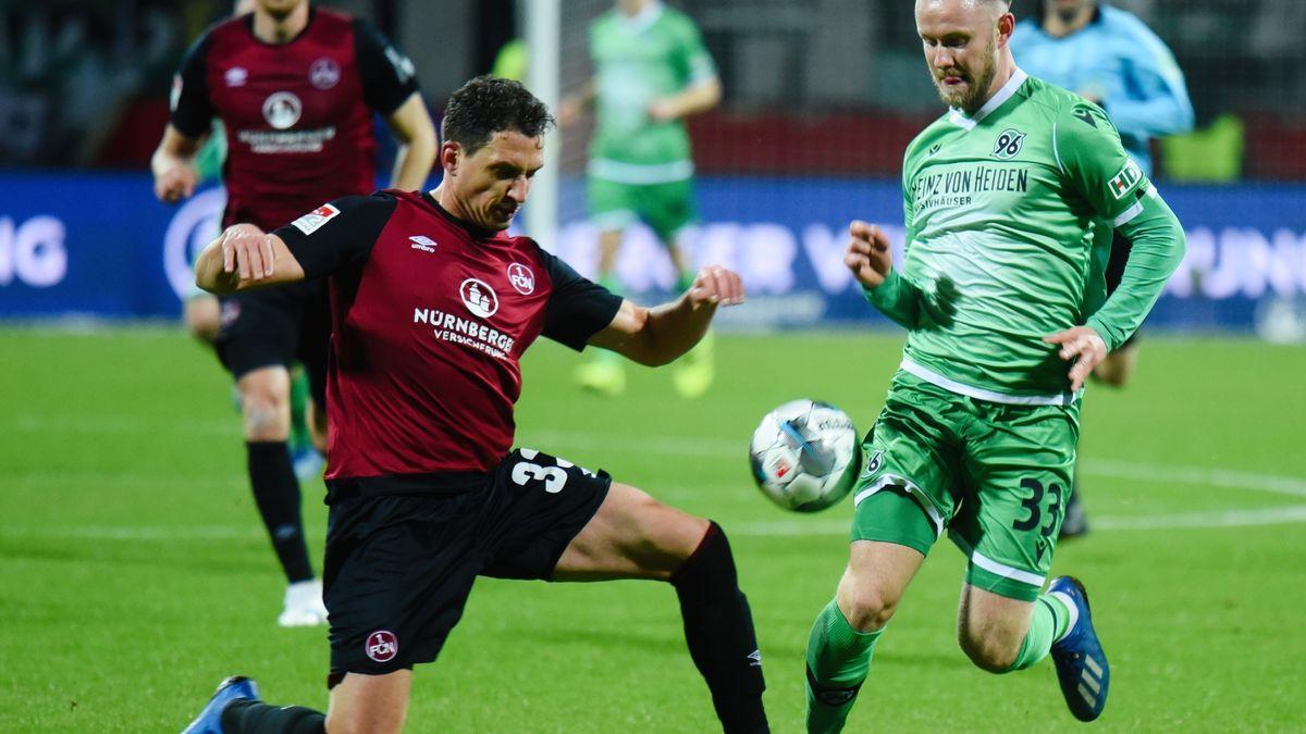 Spielszene  1. FC Nürnberg - Hannover 96