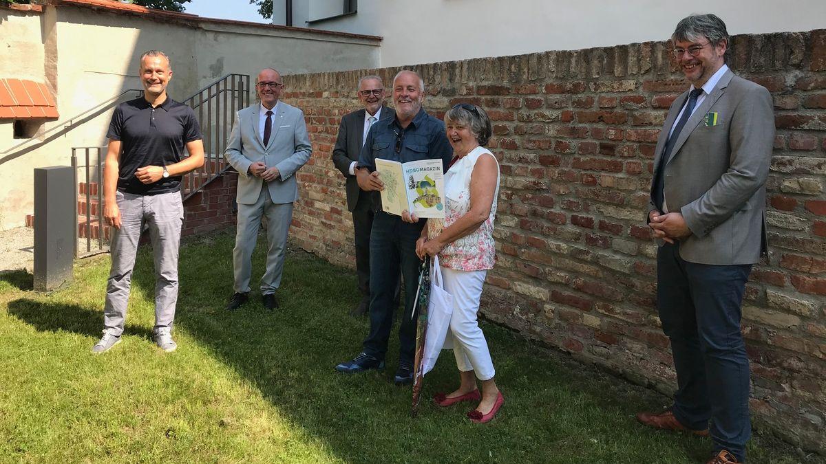 Werner und Claudia Stenke aus Gundelfingen im Wittelsbacher Schloß in Friedberg