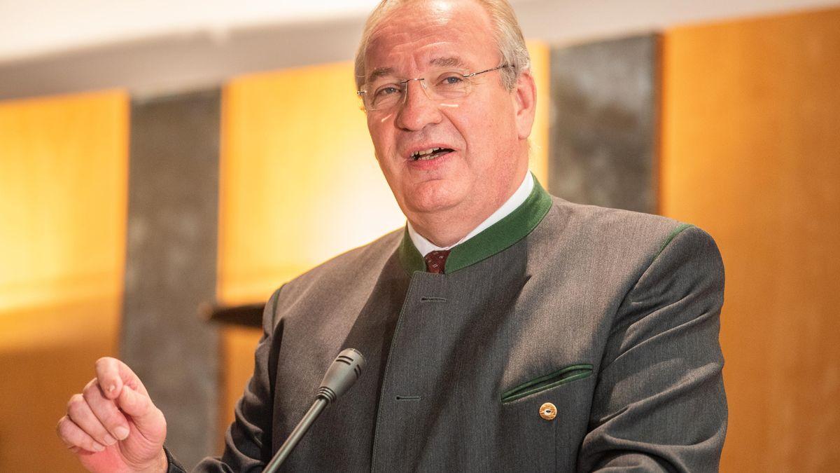 Chams Landrat Franz Löffler (CSU)