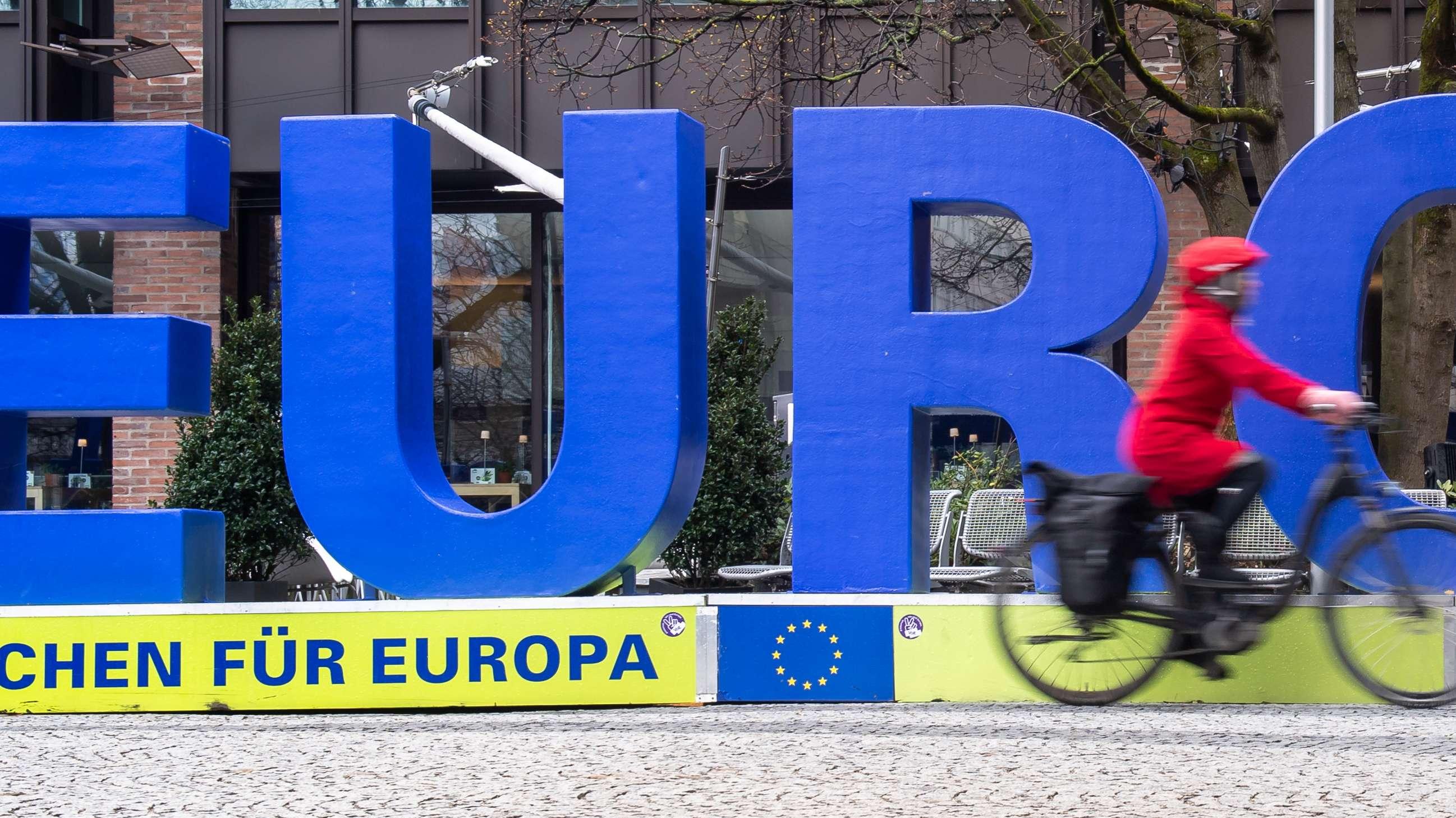 Europa-Letter sollen auf die Wahlen im Mai hinweisen