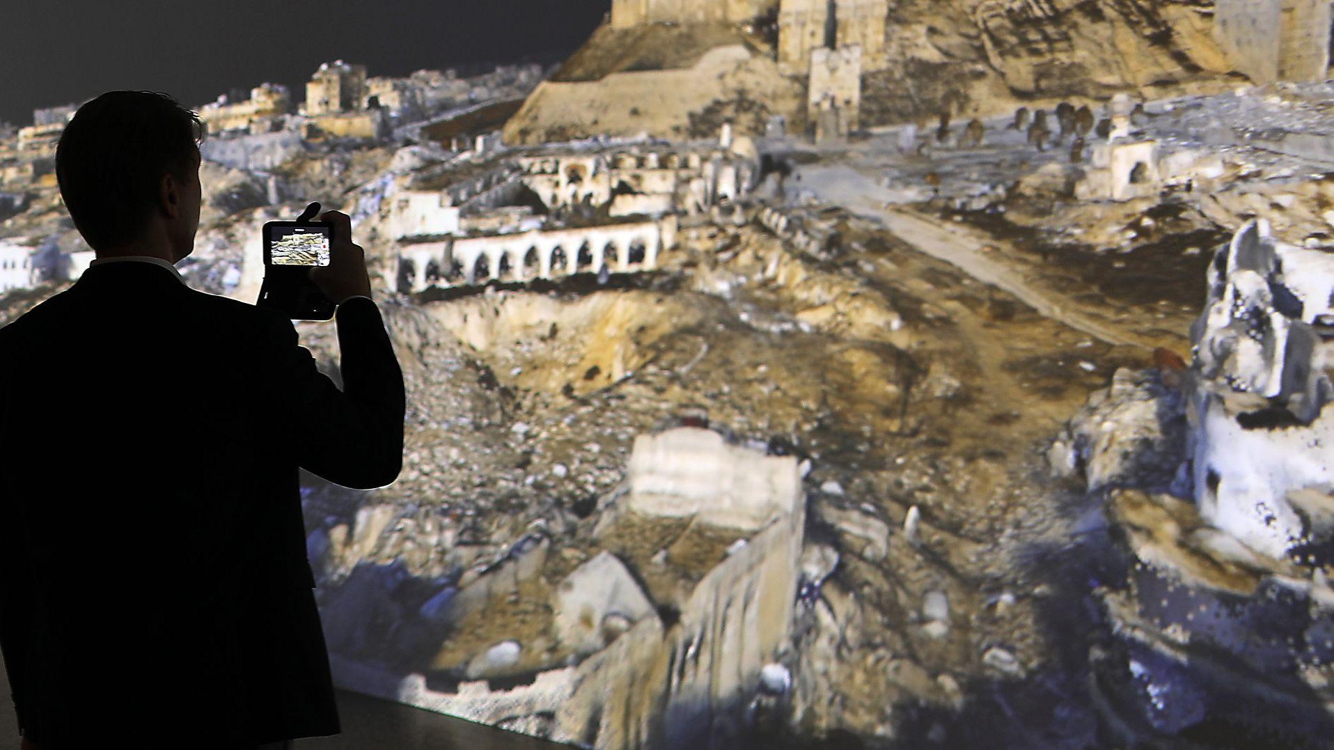 Die Bundeskunsthalle Bonn lässt antike Stätten virtuell wieder erstehen