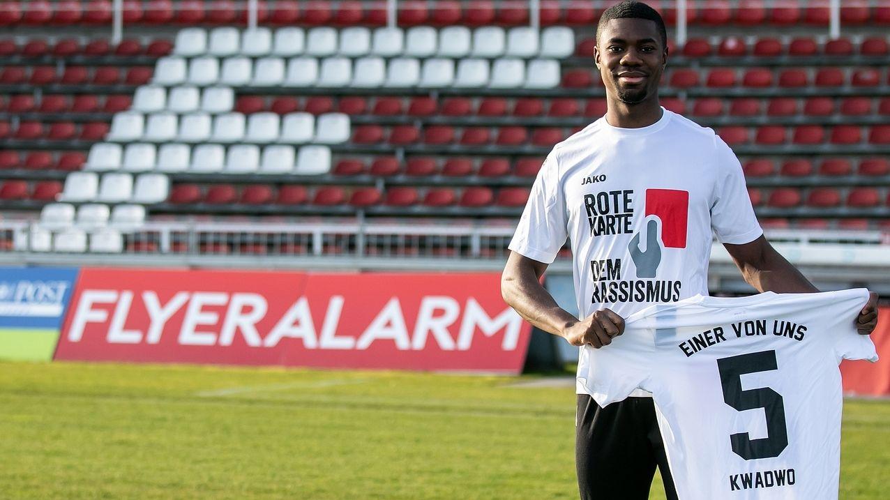 Leroy Kwadwo: Würzburger Kickers setzen Zeichen gegen Rassismus