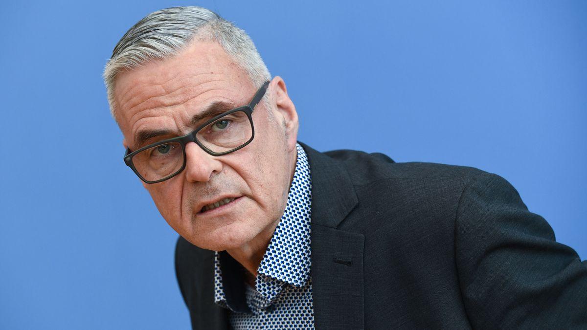 Prof. Dr. Uwe Janssens, Präsident der Deutschen interdisziplinären Vereinigung für Intensiv- und Notfallmedizin
