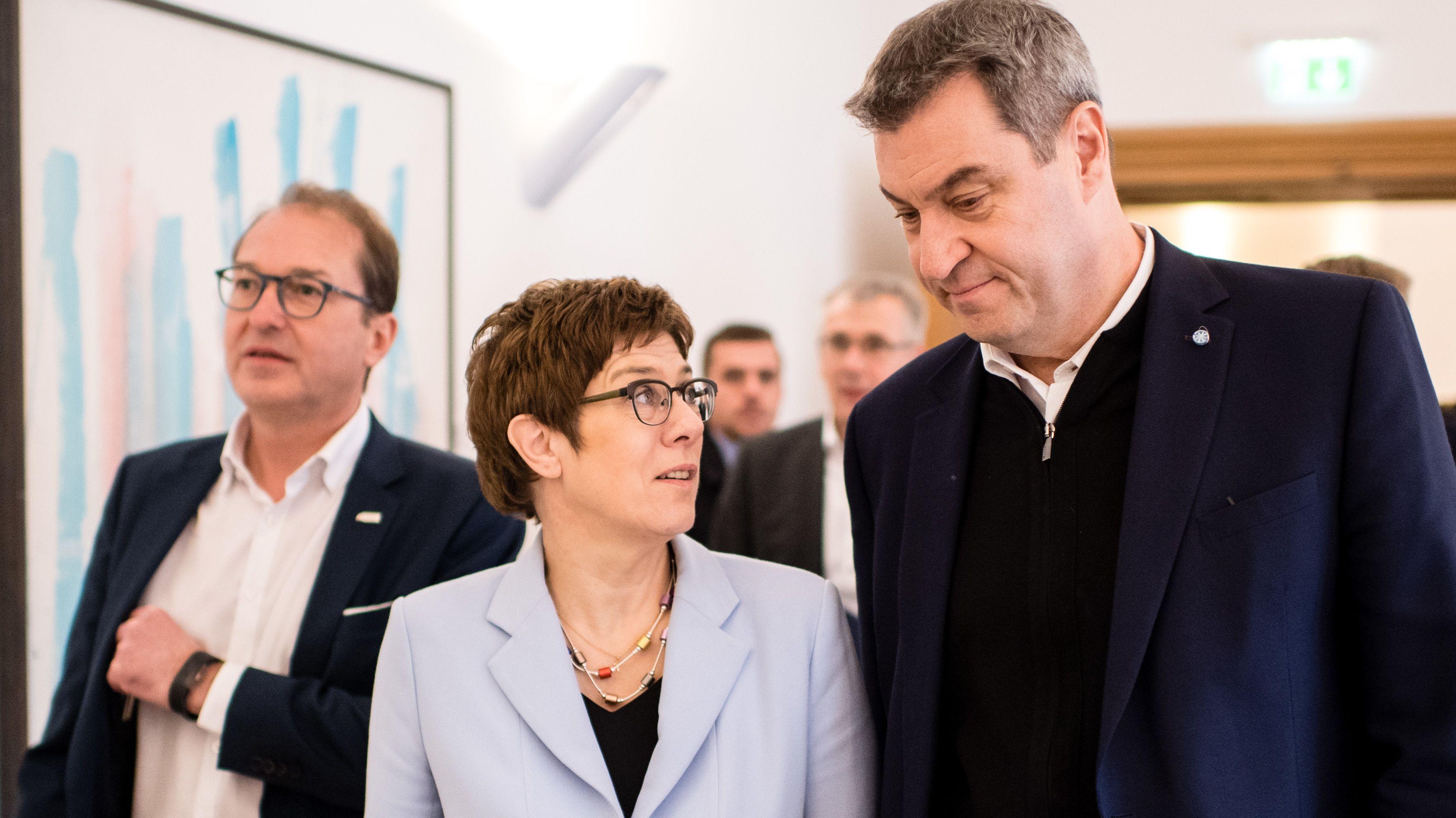 Archivbild: Kramp-Karrenbauer und Söder