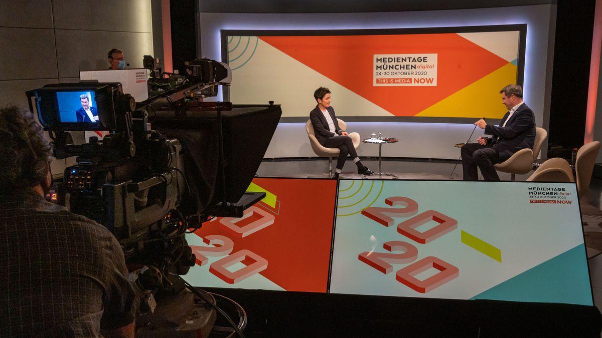 Die Journalistin Dunja Hayali und Markus Söder bei der Eröffnung der Medientage München